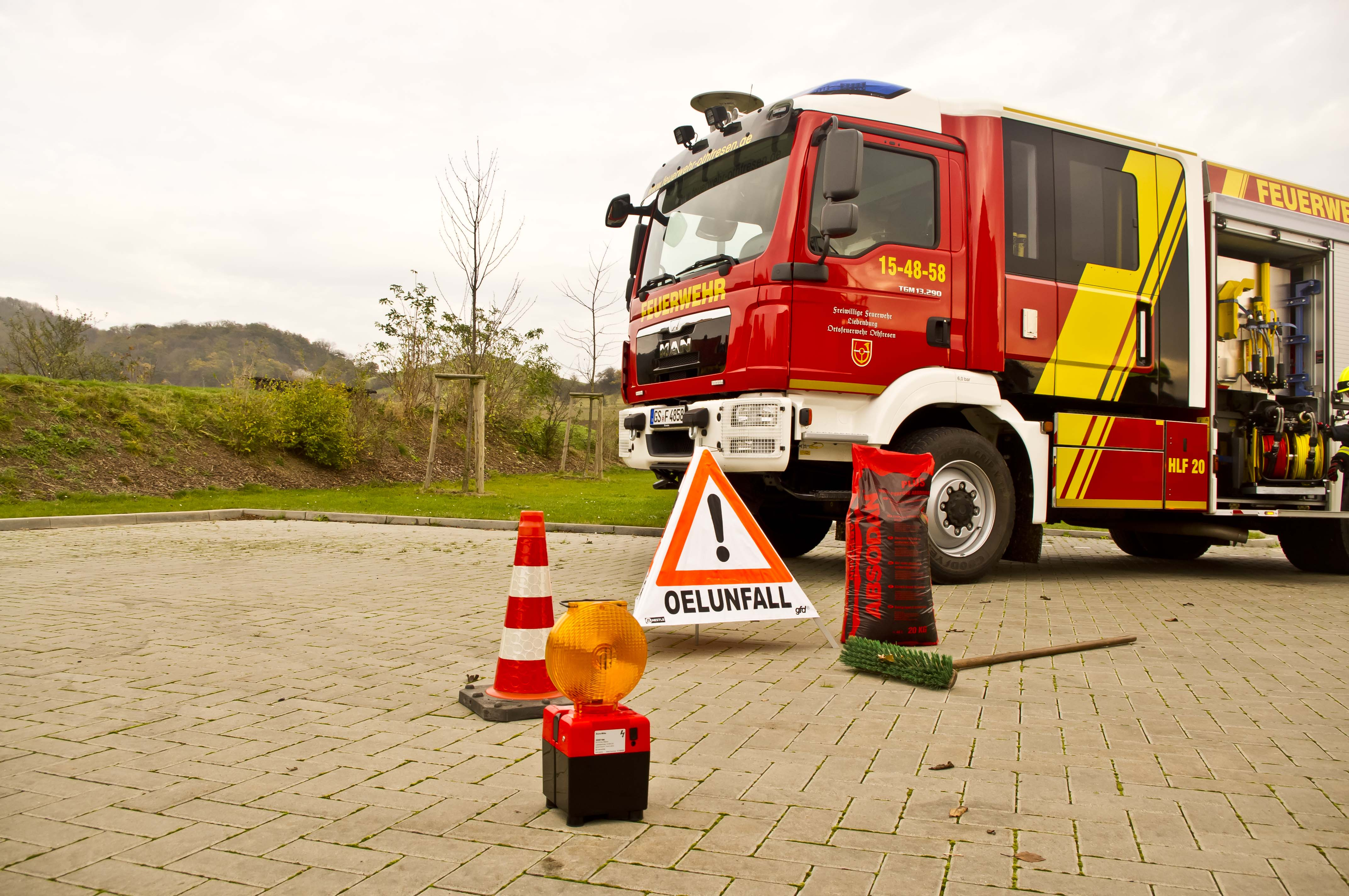 Alarmierung zur einer Ölspur im Ortsteil Posthof