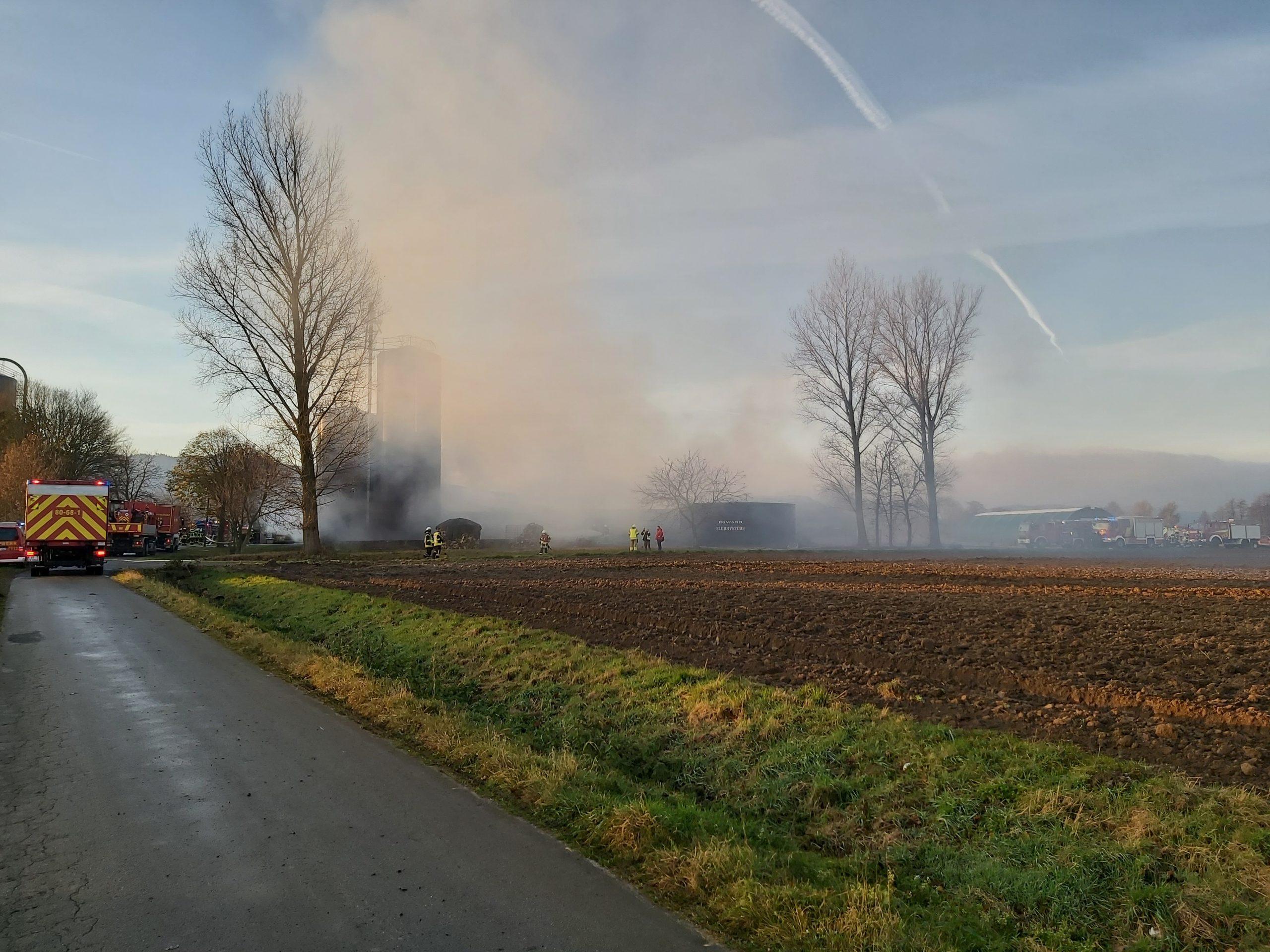 Feuer in einem Geflügelzuchtbetrieb