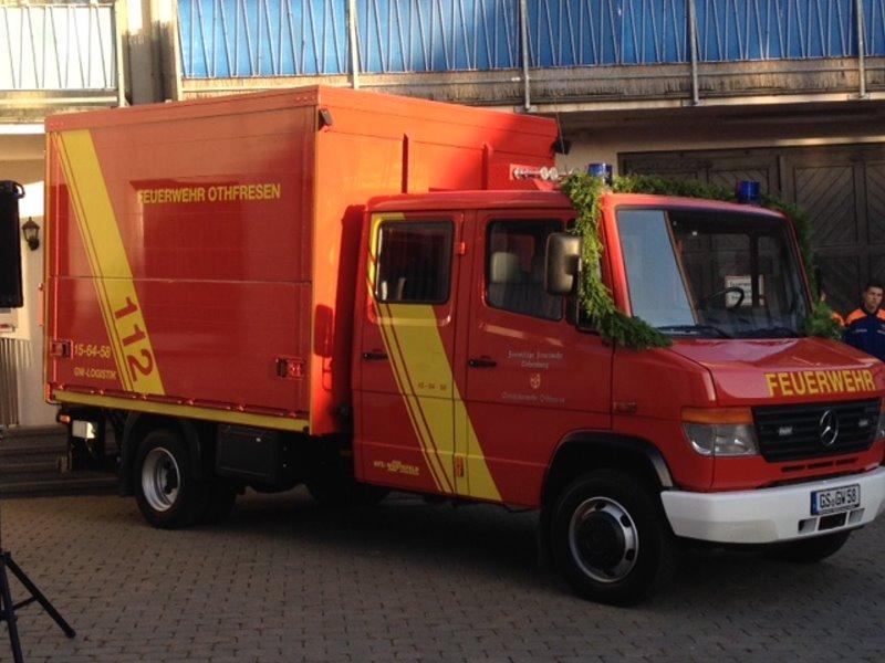 Gerätewagen-Logistik offiziell übergeben